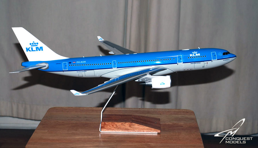 100 klm airbus a330 200 copyright 2011 conquest models